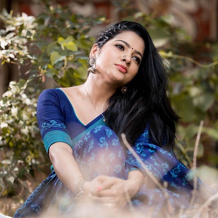 Hot Gallery: VJ Chitra : Cine Observer